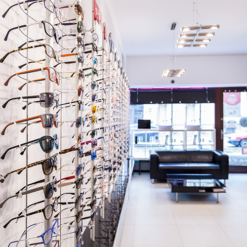 Ladenausstattung und Verkaufsförderung für Juweliere und Optiker