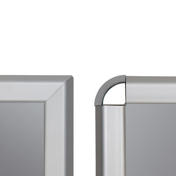Klapprahmen, 32 mm Profil, silber eloxiert, Gehrungs- / Rondoecken